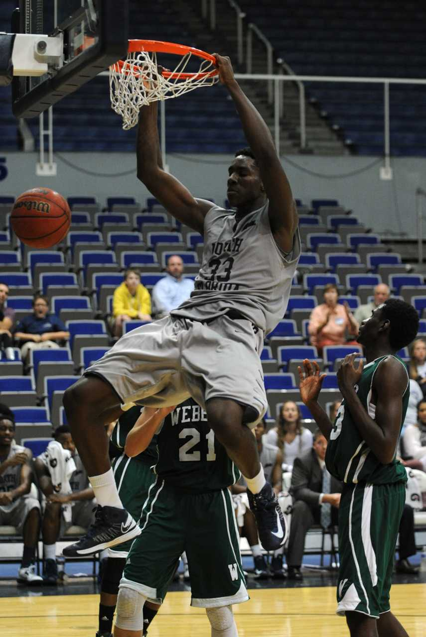 Romelo Banks had 4 rebounds and 4 blocks, along with this monster dunk against Webber. (Photo credit: John Shippee)