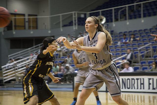 Women's basketball wins close match against Northern Kentucky