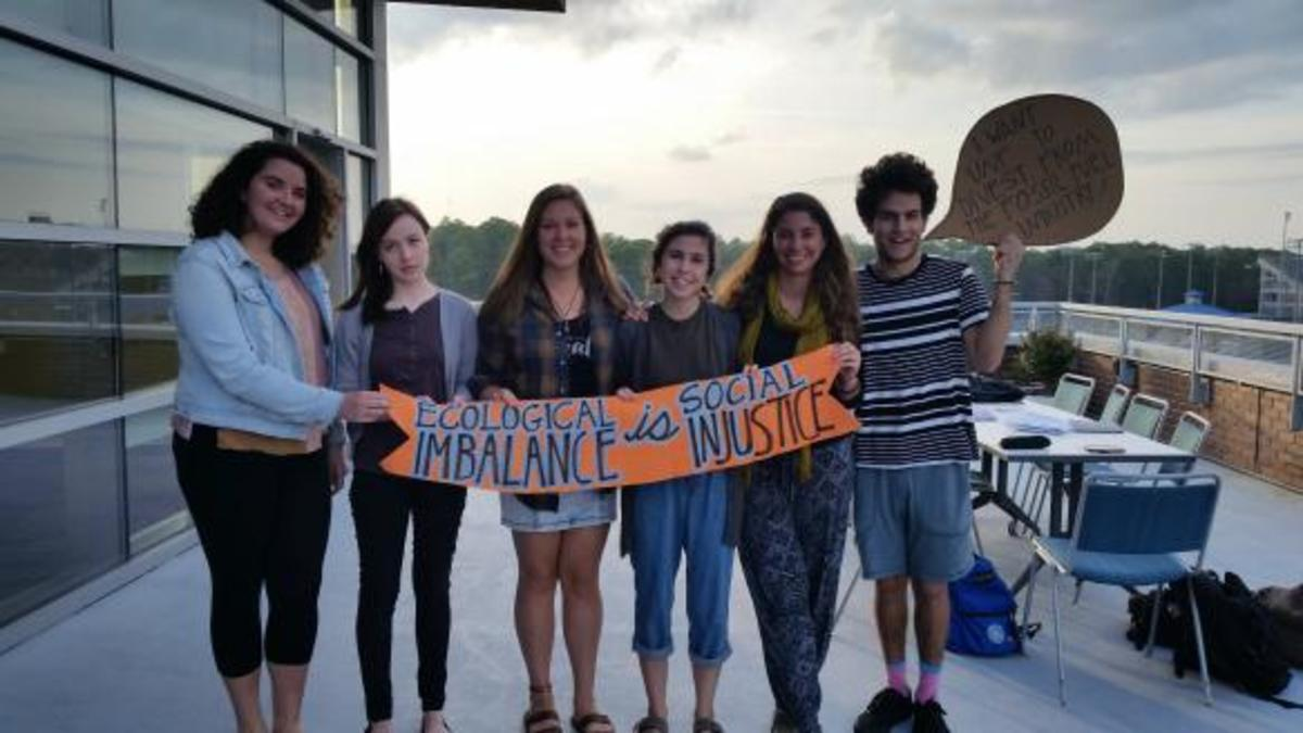 UNF students look for support in mission to divest