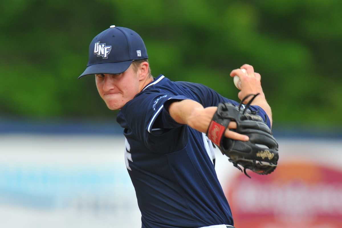 Ospreys triumph in 3-game series against Stetson; Dewees claims fourth Player of the Week award
