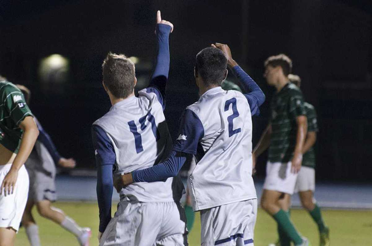 UNF men's soccer clinches playoff berth with 2-0 victory over Stetson