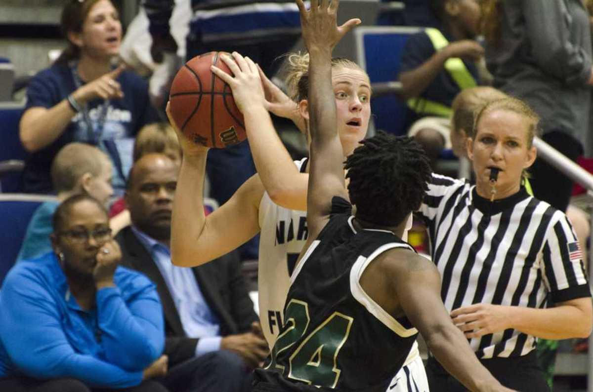 UNF women's basketball fall 72-60 to Webber International