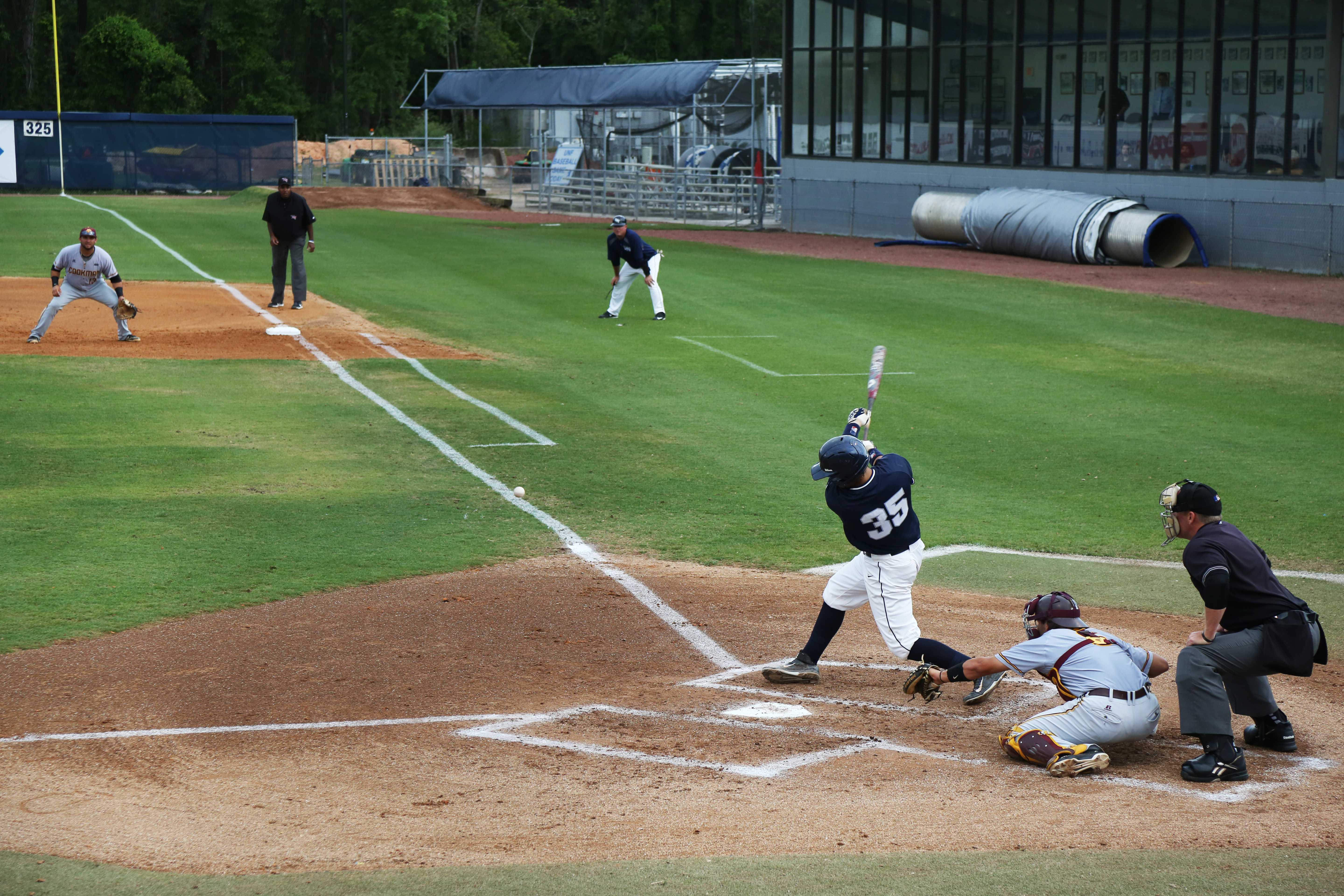 The Ospreys have now beaten Bethune-Cookman in five of the last six games. Photo by UNF Spinnaker