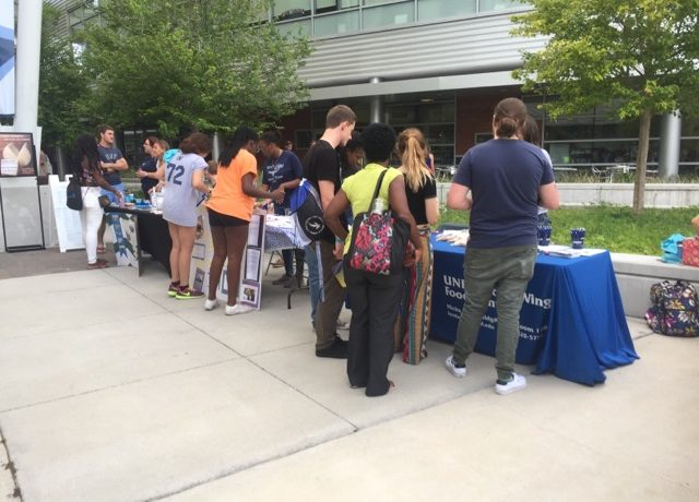 Ospreys enjoy free food, live music and sizable games at Summer B Cookout