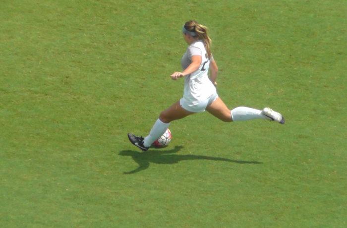 UNF Women's soccer. Photo by Joslyn Simmons