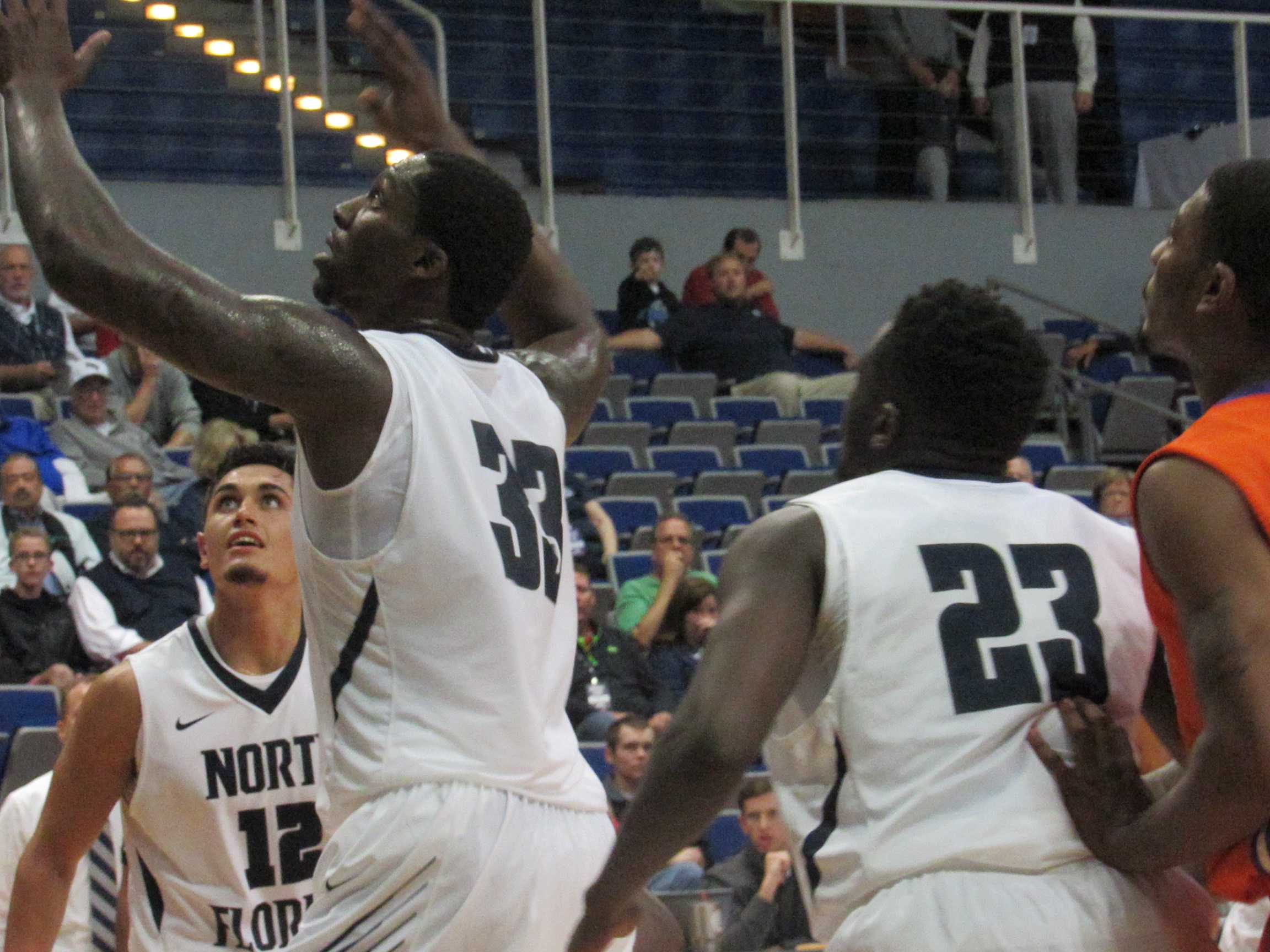 Men's basketball ready to be tested by Miami