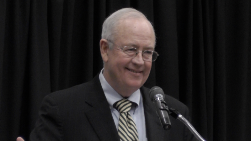 Ken Starr lecturing at UNF. Photo from video by Alex Wilson