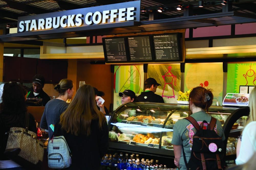 UNF Starbucks Photo by Randy Rataj / Spinnaker