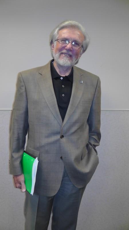 Professor Emeritus Gary Harmon