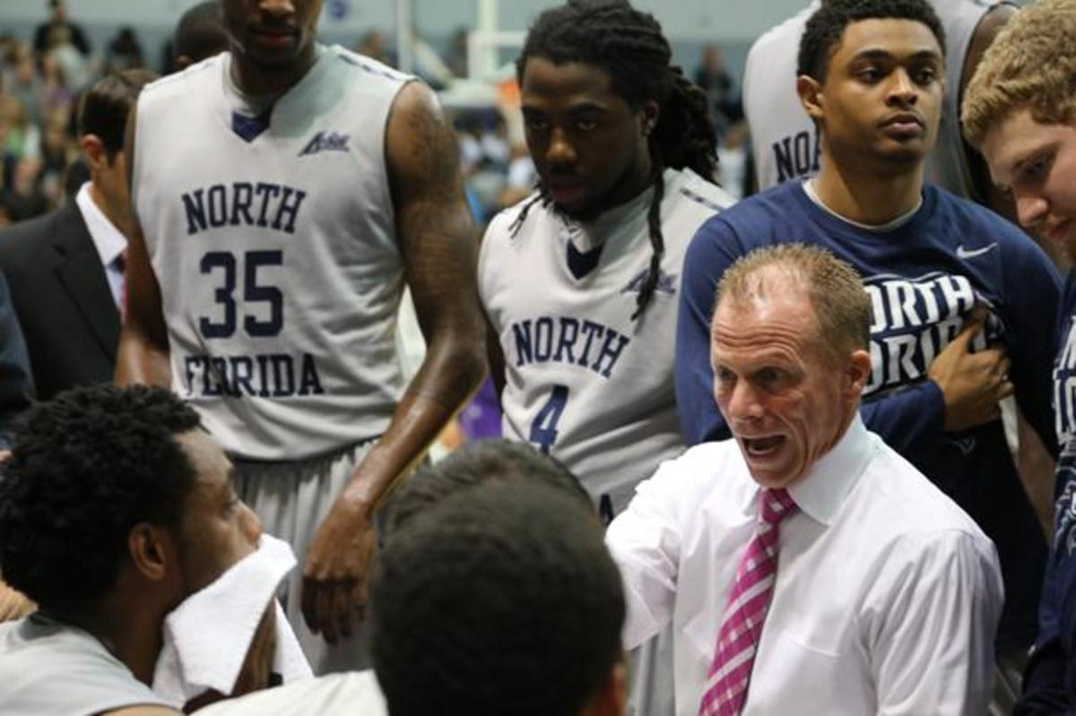 Homecoming firestorm: career night for Banks as Ospreys oust Tigers 97-65