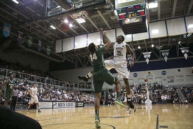 UNF men's basketball beats JU 77-50