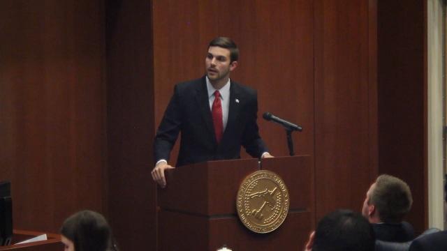 Turner vetoes budget, Senate overrides