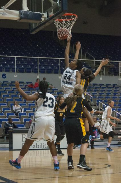 Women's basketball falls 64-52 to Kennesaw State
