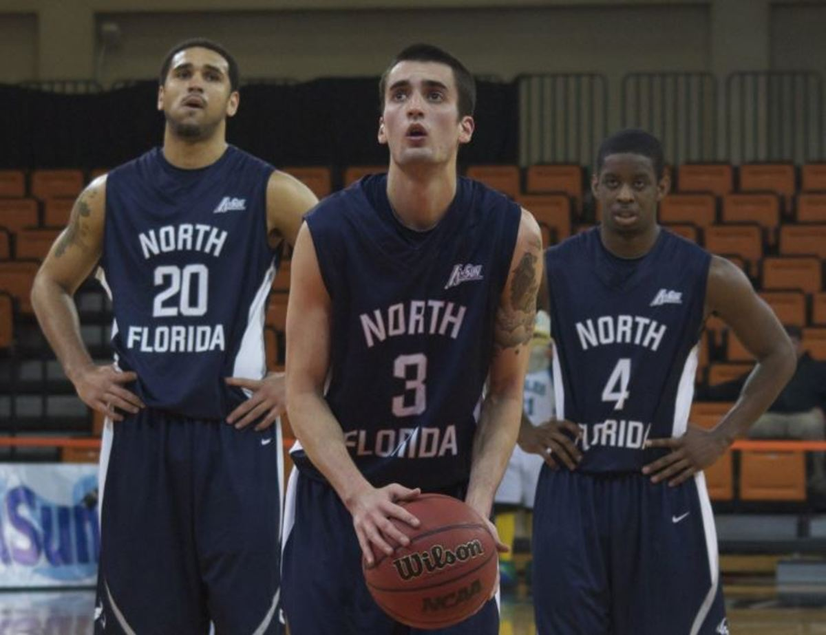 Former Osprey basketball star Parker Smith goes pro, signs with Spanish team