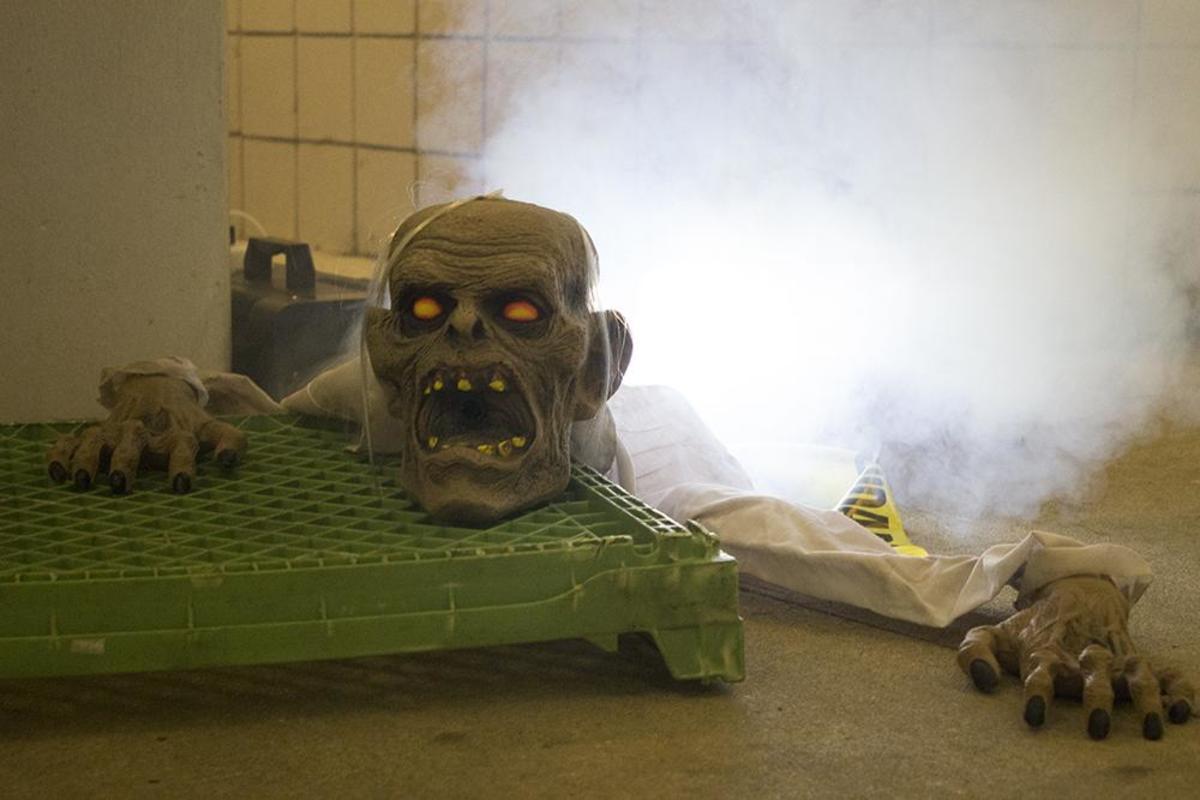 Swoopocalypse Run: zombies plague brave runners