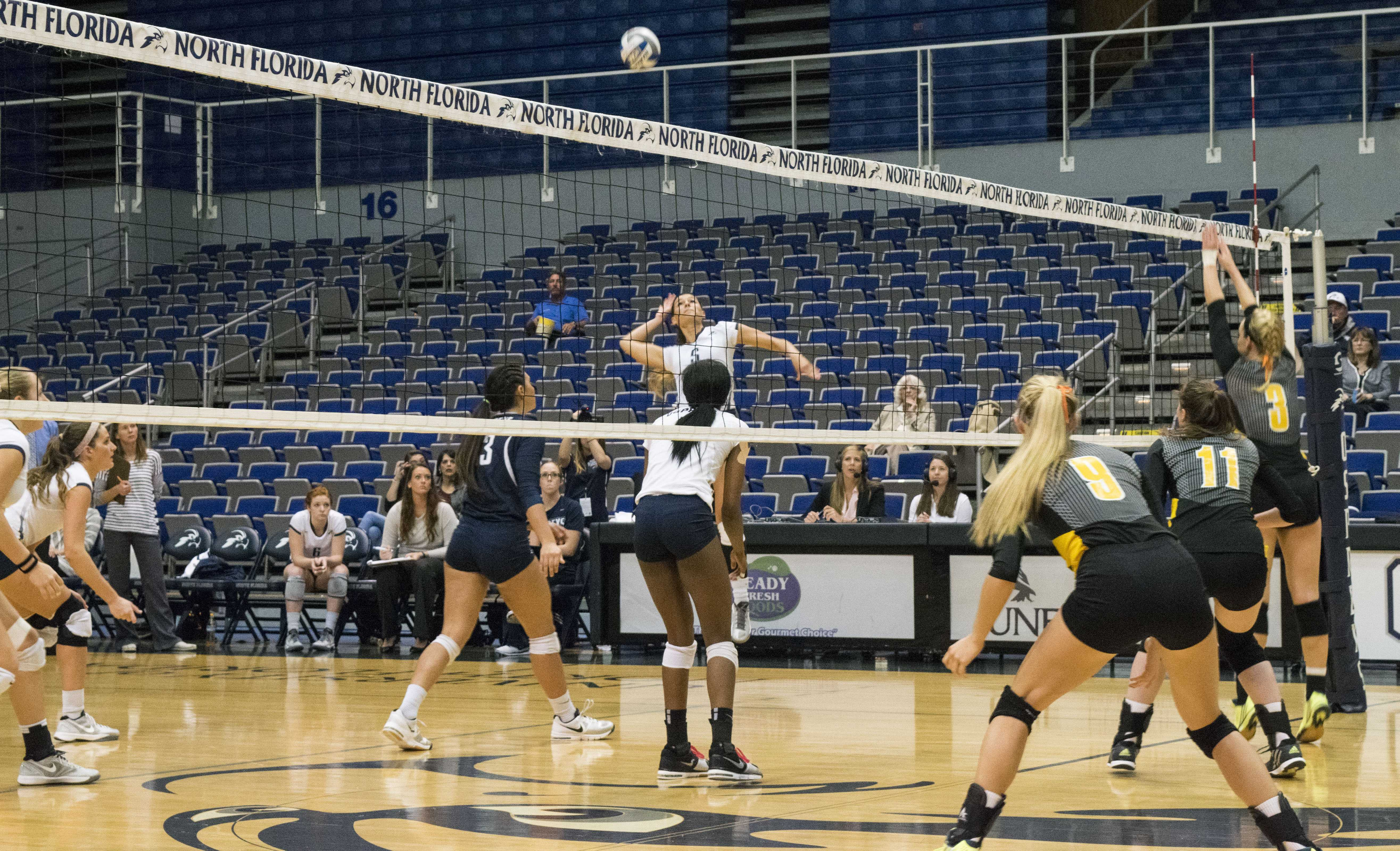 UNF volleyball sweep Kennesaw State 3-0, clinch fifth seed for A-Sun tournament