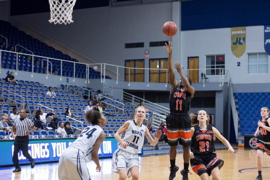 The Camels managed to rack up 28 points in the paint over the Ospreys.   Photo by Michael Herrera
