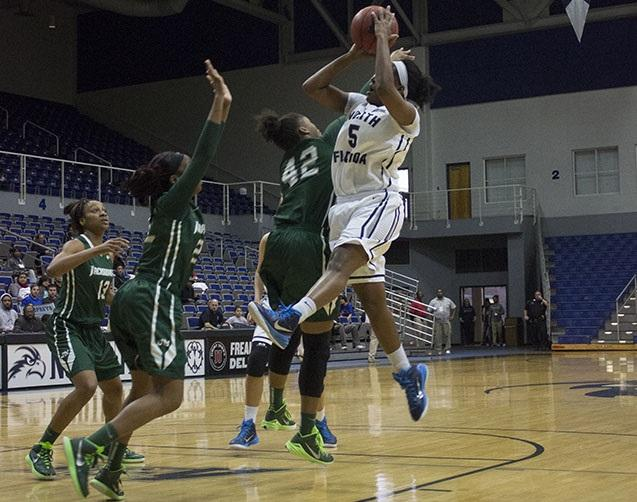 Jacksonville defeats North Florida women's team for fifth straight loss
