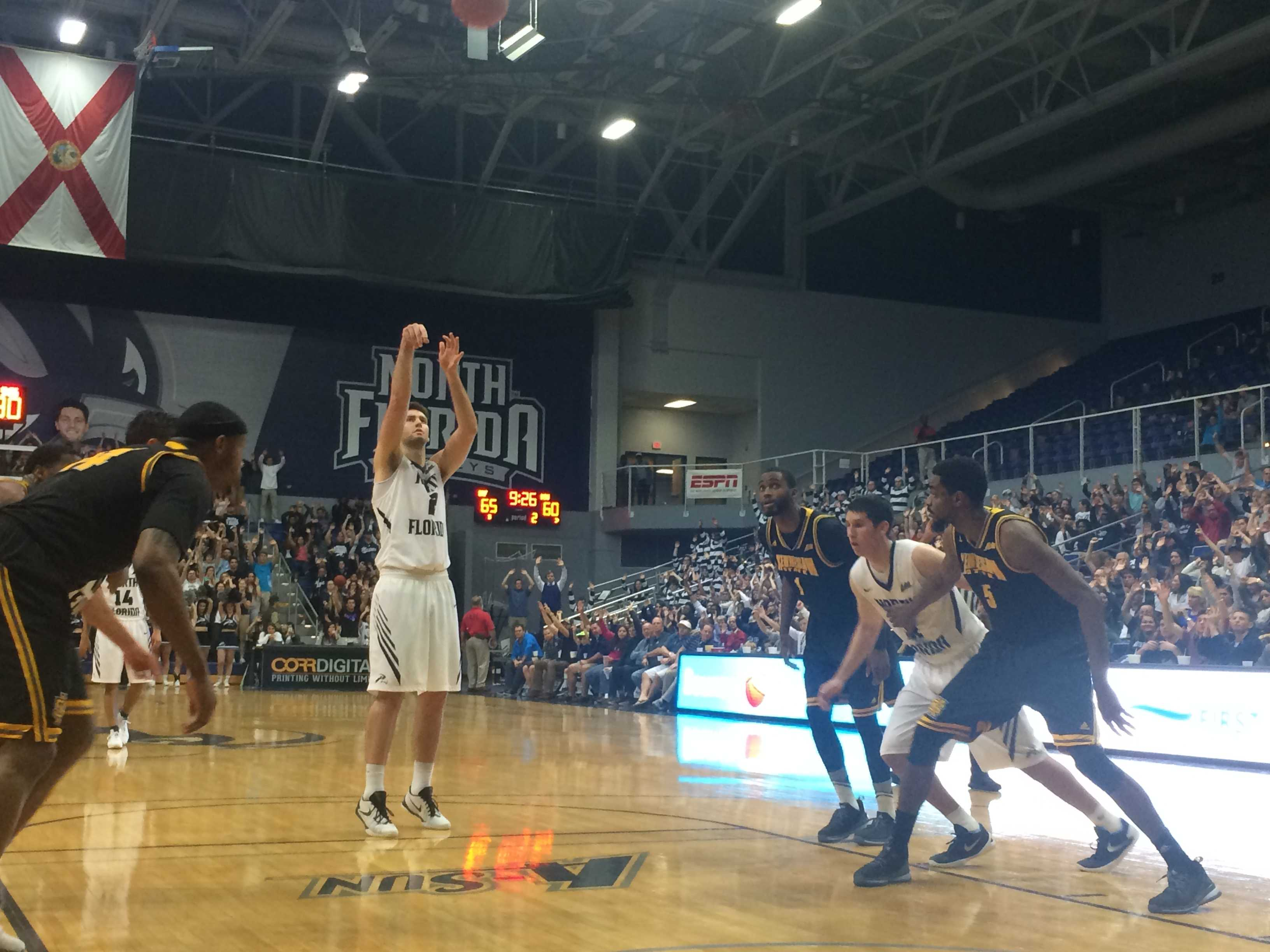 Ospreys mount comeback to defeat Kennesaw State 93-78