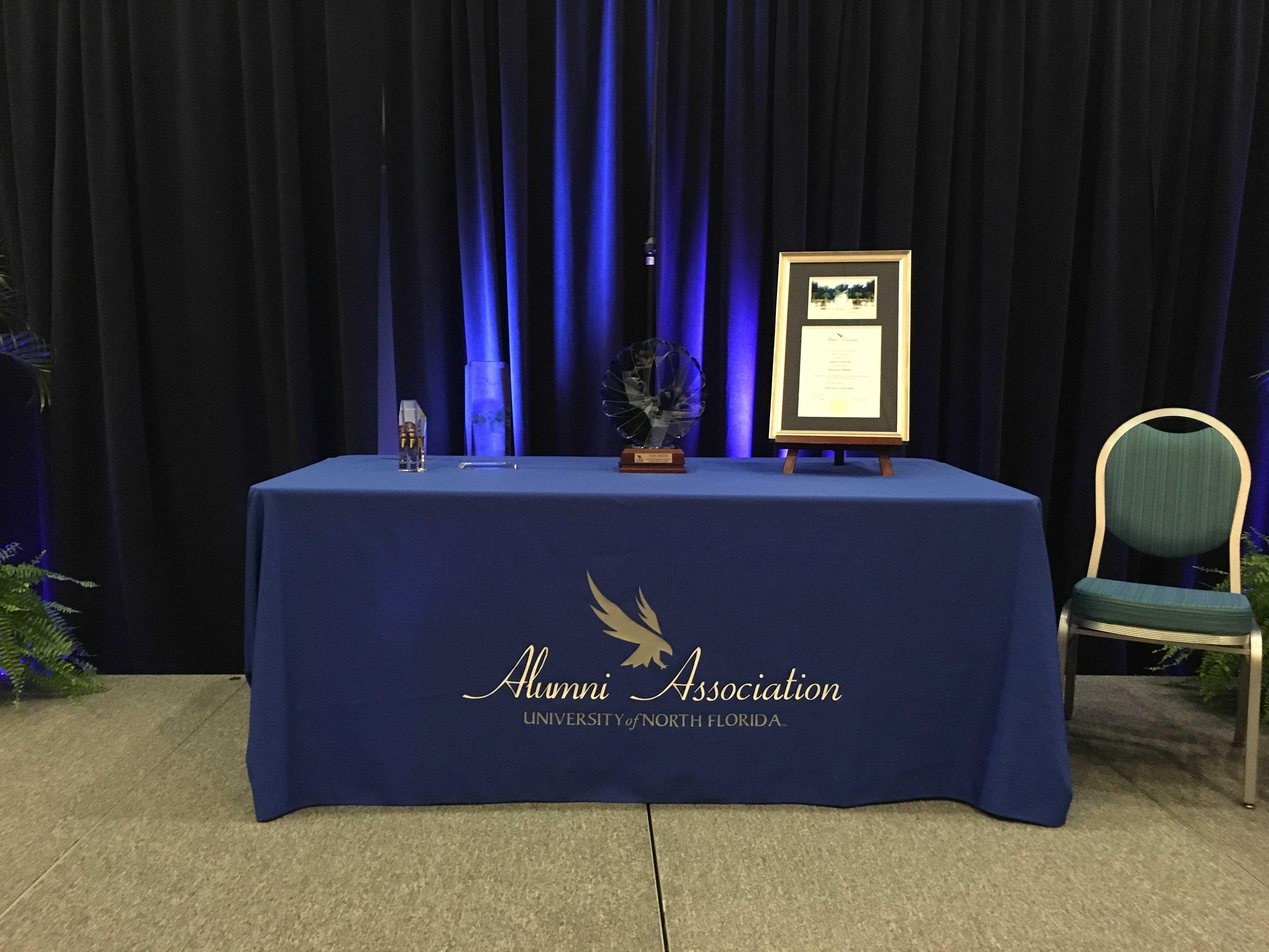 Alumni swoop up awards during Homecoming Week