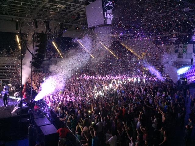 There was a lot of confetti and smoke to make the Arena look like a party. <i> Photo by Rachel Cazares. <i>