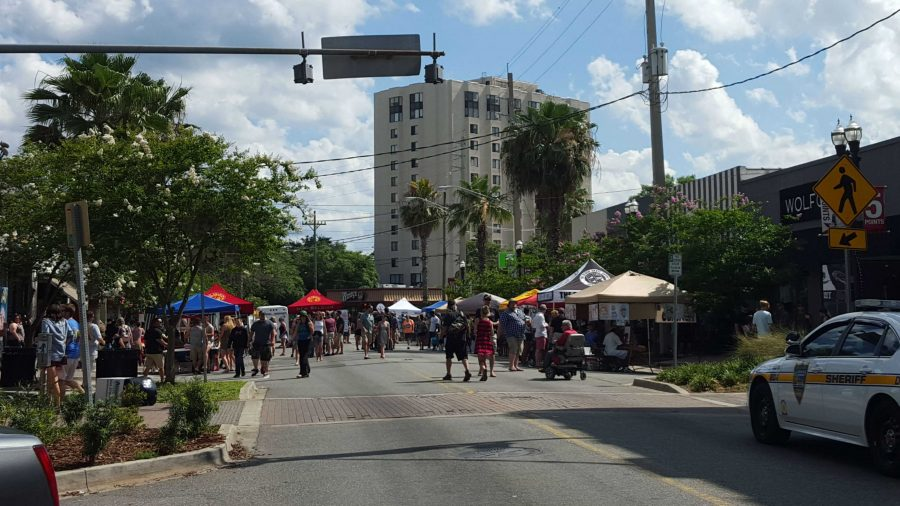 Threats+of+rain+didn%E2%80%99t+scare+Jacksonville+residents+away+from+stopping+by+Five+Points+for+its+Tenth+Annual+Spring+Festival+on+Saturday%2C+May+21.