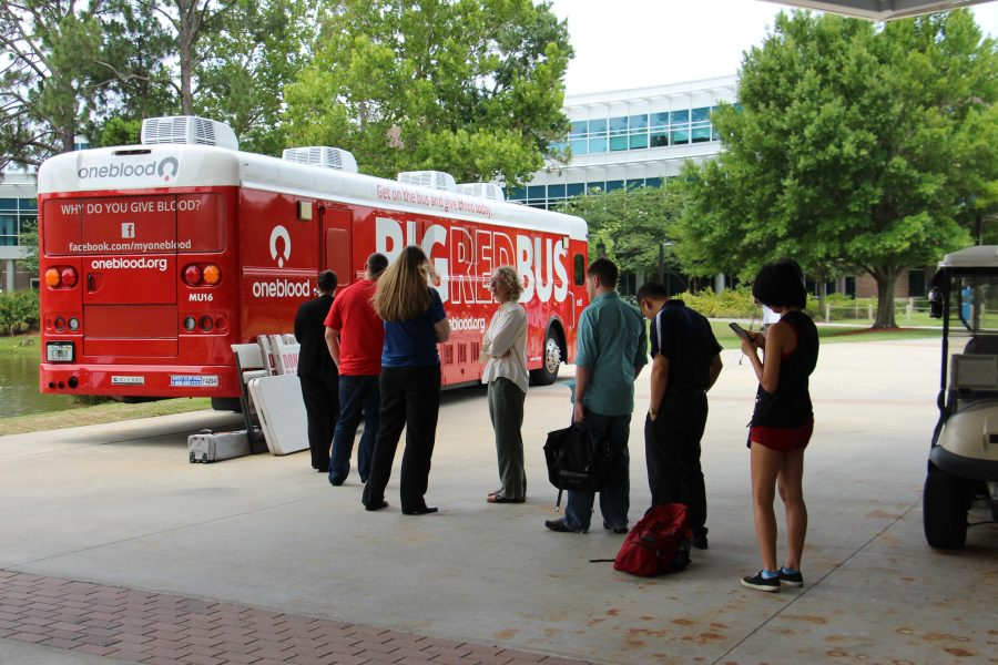 Students and staff waiting in line to donate blood.  Photo by Brittany Moore