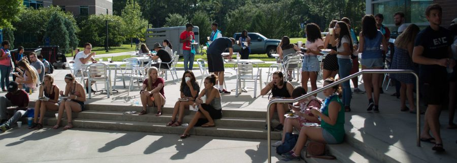 Students attended the Welcome to College Luau to learn what's going on around campus. Photo by Lili Weinstein