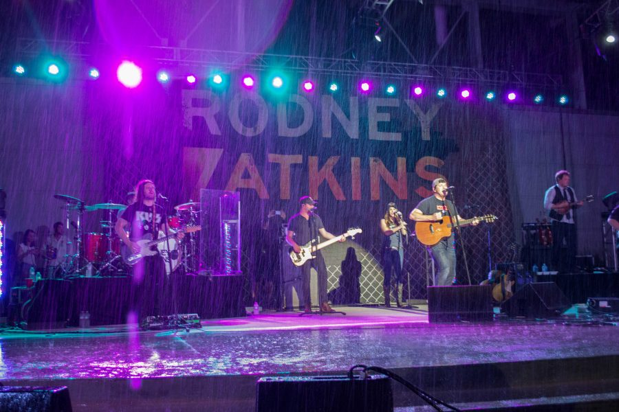 Rain call: Why the Rodney Atkins concert wasn't moved or rescheduled
