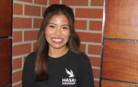 Senior Spotlight: Angela Inciong earns UNF service award