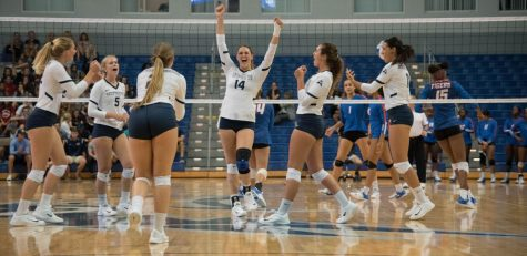 Volleyball sweeps JU in the River City Rumble