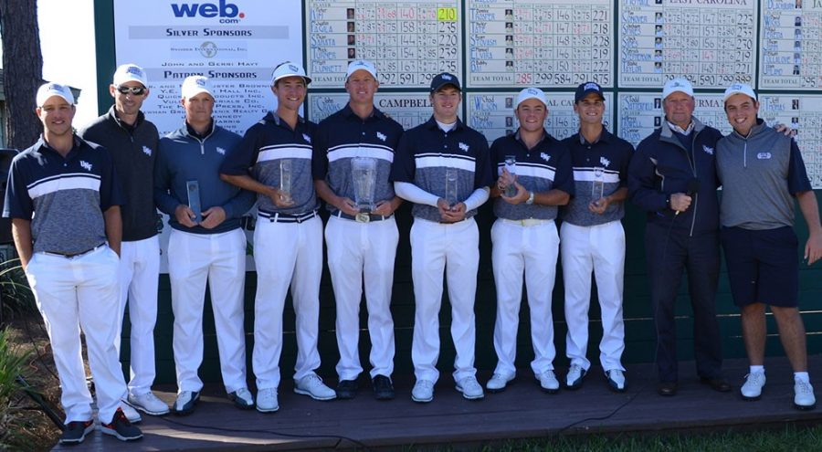 The Ospreys celebrate their victory. Photo courtesy of UNF Athletics