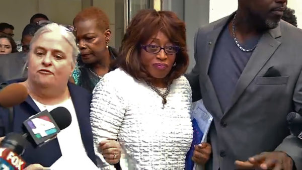 Corrine Brown leaving the Federal Courthouse after indictment charges were read. WJXT.