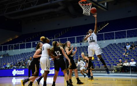 Ospreys win 58-50 against Northern Kentucky University. Photo by Joslyn Simmons