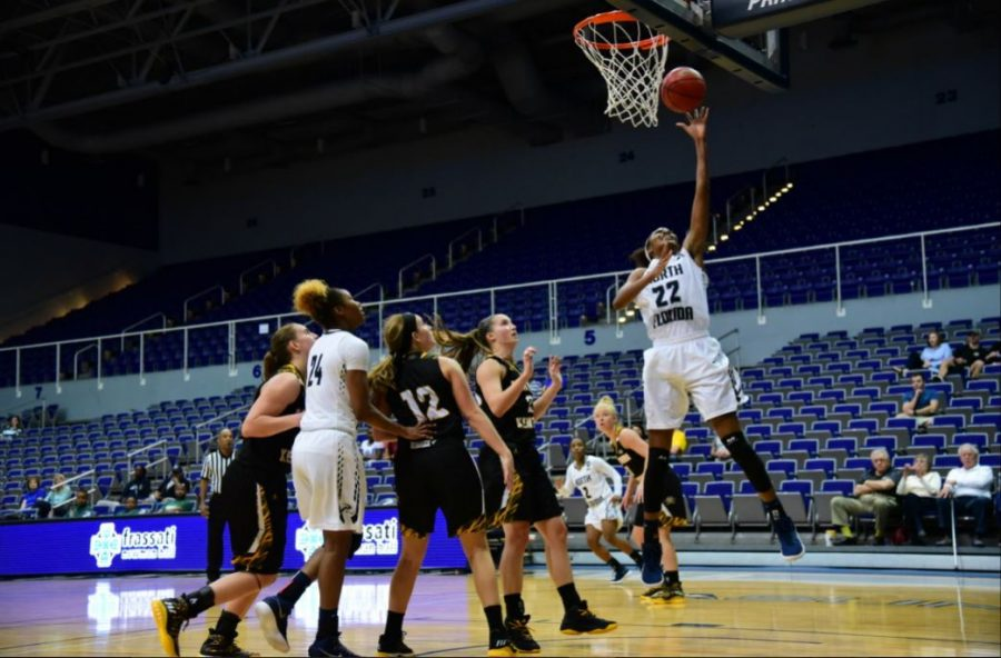 Ospreys win 58-50 against Northern Kentucky University. Photo by Joslyn Simmons