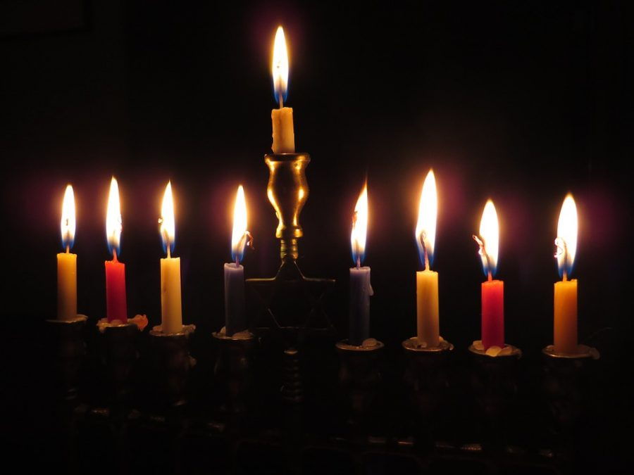 A traditional Menorah. Photo courtesy of Pixabay (kevindvt).