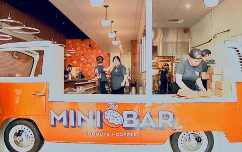 The Mini Bar: Dough-not miss this place