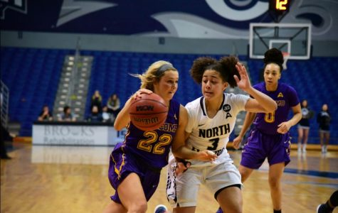 Lipscomb Red-Hot Start Too Much for North Florida