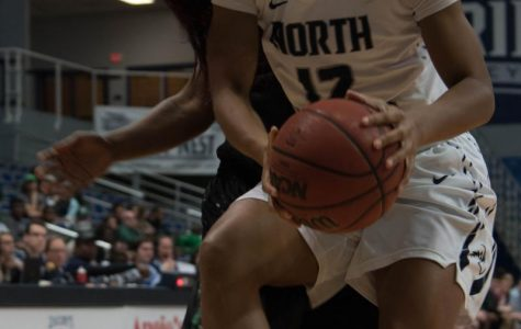 Women's basketball falls to Stetson