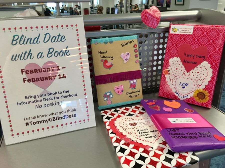 Blind Date with a Book at the Thomas G. Carpenter Library. Photo courtesy of the Thomas G. Carpenter Twitter (@unflibrary)