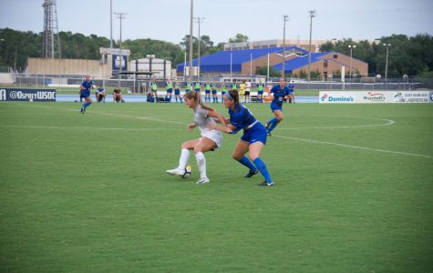Blue Raiders blank Ospreys 2-0
