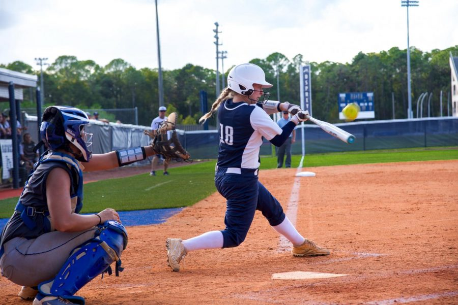 Photo Gallery: UNF Softball