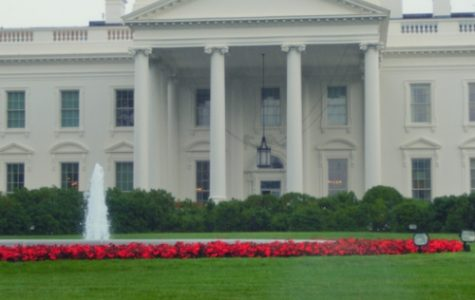 UNF student shines by singing the national anthem at the White House