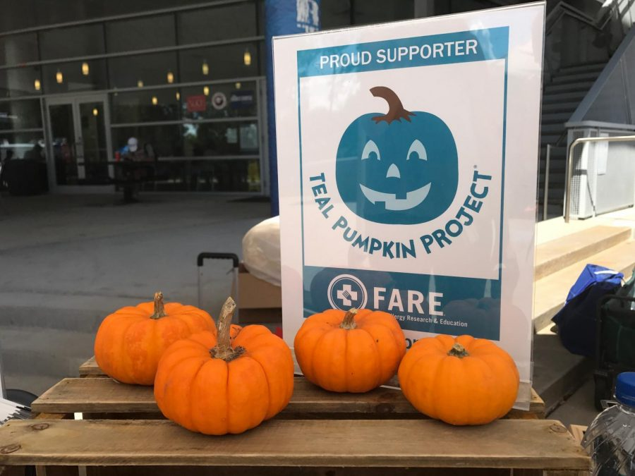 The Teal Pumpkin Project came to UNF Market Days. Photo by Sarah Bethea.