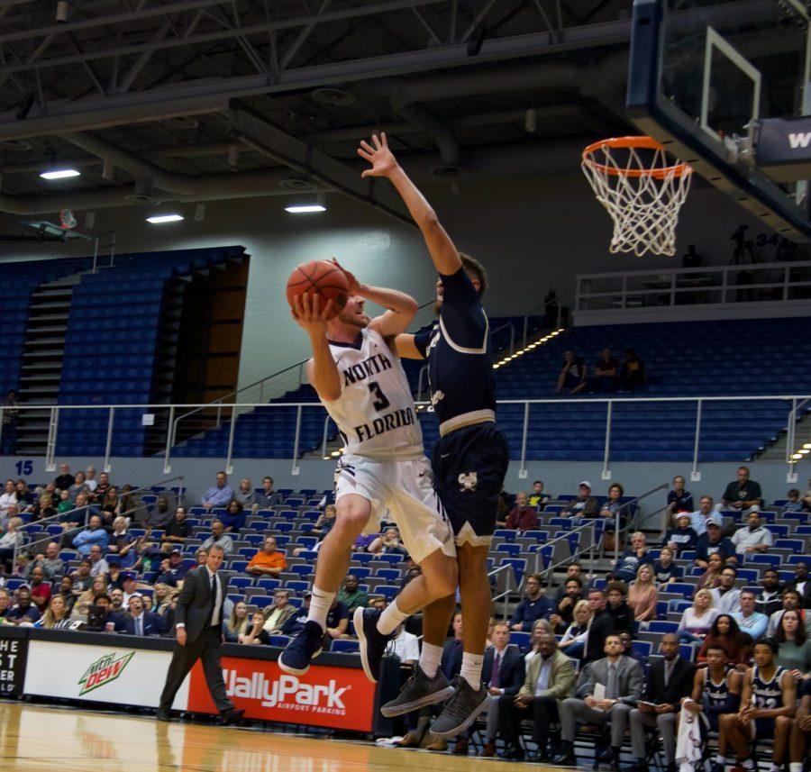 Photo Gallery: Men's Basketball vs. CSU