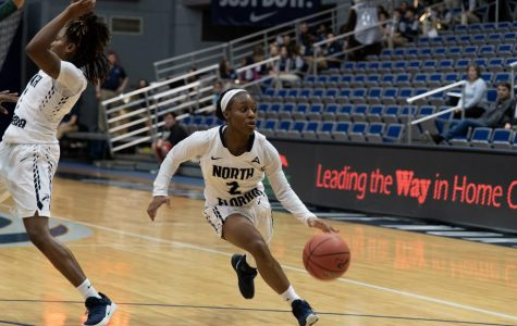 Bond's double-double fuels Ospreys in win over Hatters