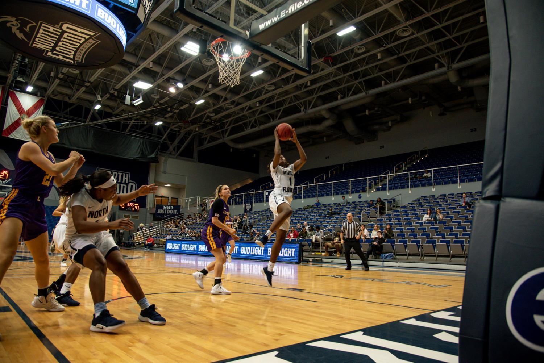 Women%27s+Basketball+jump+shot+2