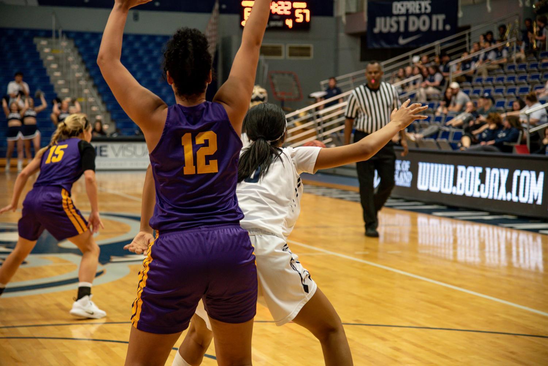 Women%27s+Basketball+block