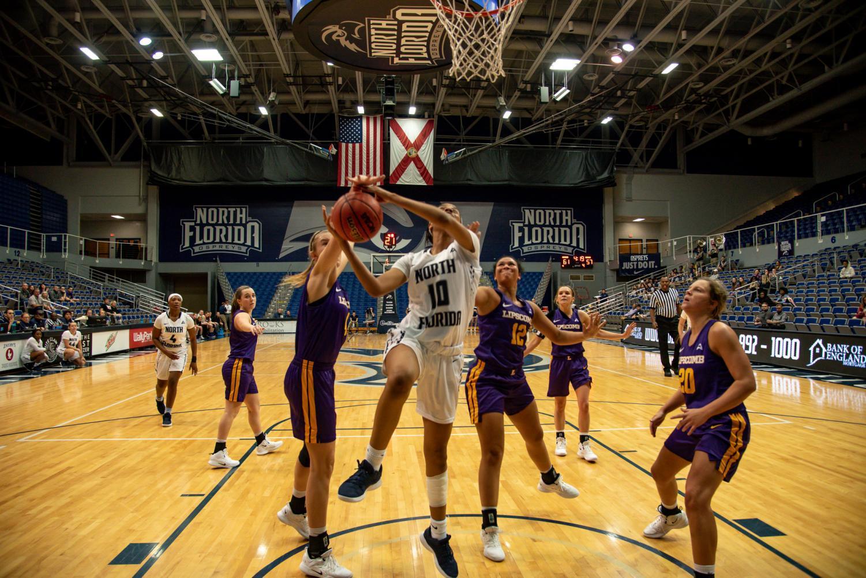 Women%27s+Basketball+%2310