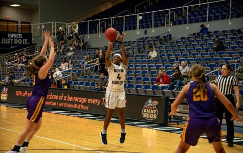 Jackson's standout performance leads Ospreys in comeback win over Lipscomb